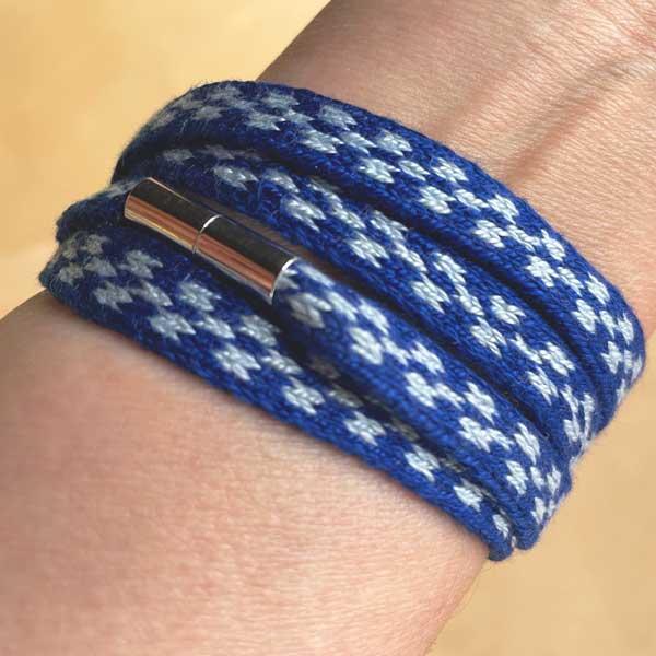 tablet woven bracelet